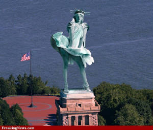 Lady of Liberty Likes it Hot! from Freaking News